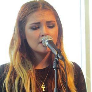 Masha (singer)